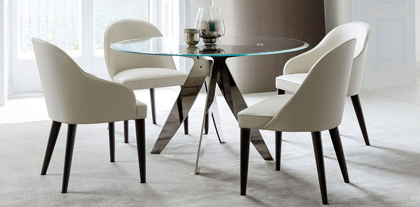 Tavolo rotondo Ring e sedie da pranzo in pelle Judy