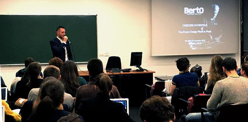 Filippo Berto racconta agli studenti del corso della Prof. Ivana Pais in Università Cattolica