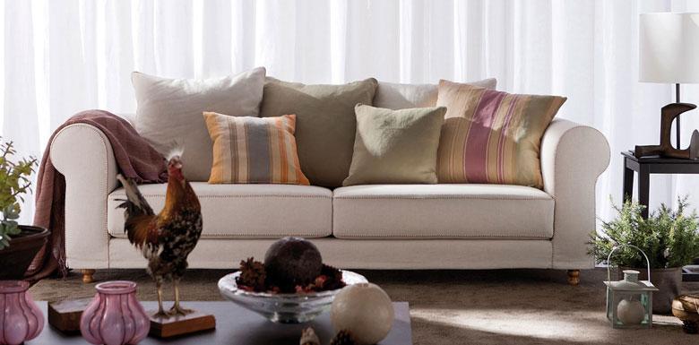 Il nuovo divano classico Cambidge di BertO