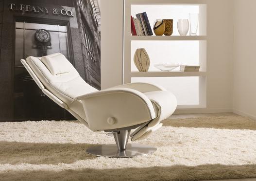 Poltrona relax tecno 3 con base cromata berto salotti - Poggiapiedi letto ...