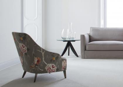Poltroncina moderna emilia berto salotti for Poltroncine salotto design