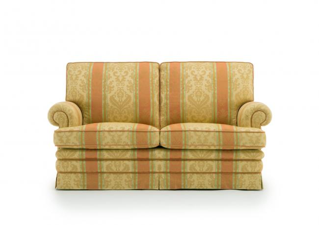 Outlet divano classico 2 posti berto shop - Dimensioni divano 2 posti ...