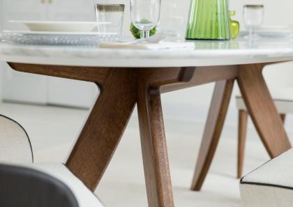 Tavolo ring con piano in marmo berto salotti for Tavolo legno piano marmo