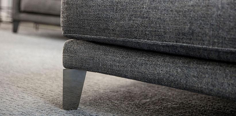 piedino acciaio divano time break rivista di arredamento living