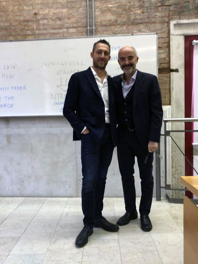 Filippo Berto all'università ca foscari di Venezia durante il corso di internationa management