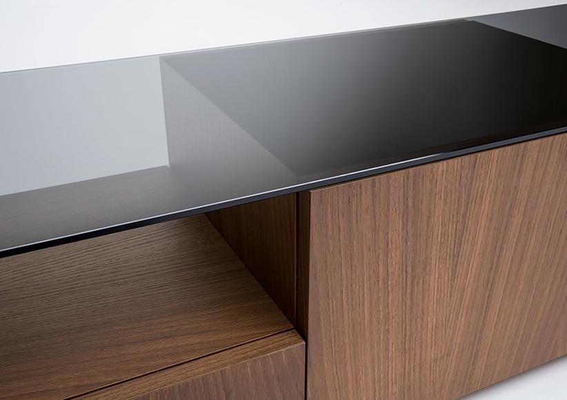porta tv mike in legno e vetro fumé