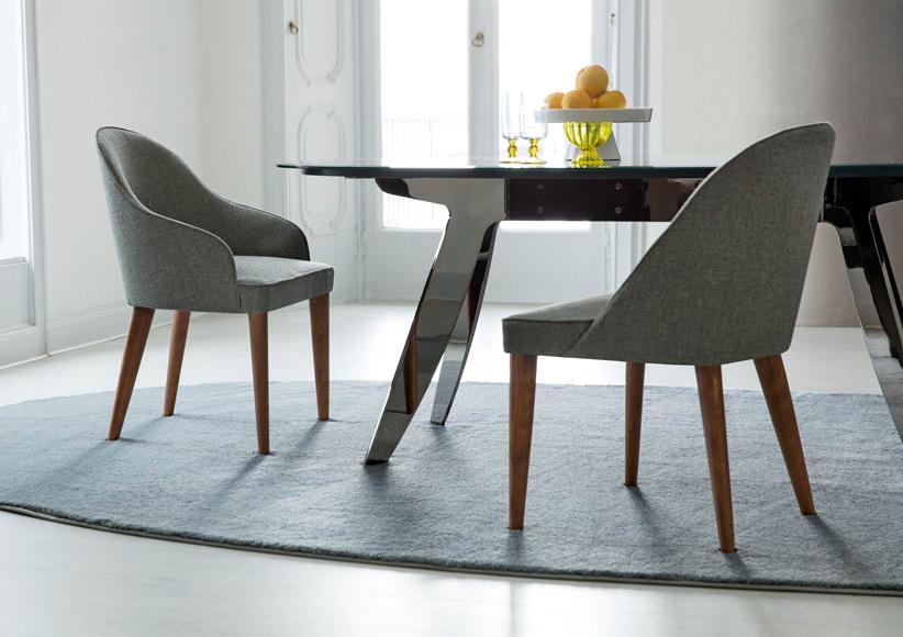 Arreda la sala da pranzo con le sedie judy e i tavoli ring for Poltroncine tavolo da pranzo