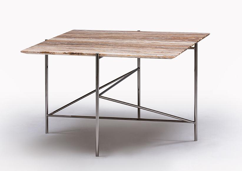 Tavolino Riff con piano in marmo onice travertino
